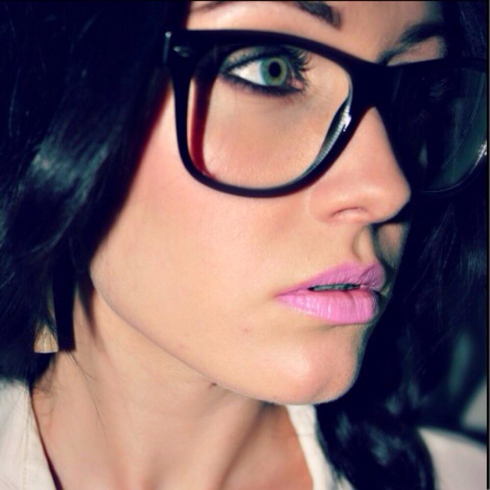 Occhiali da vista rotondi grandi louisiana bucket brigade for Attrici con gli occhiali da vista